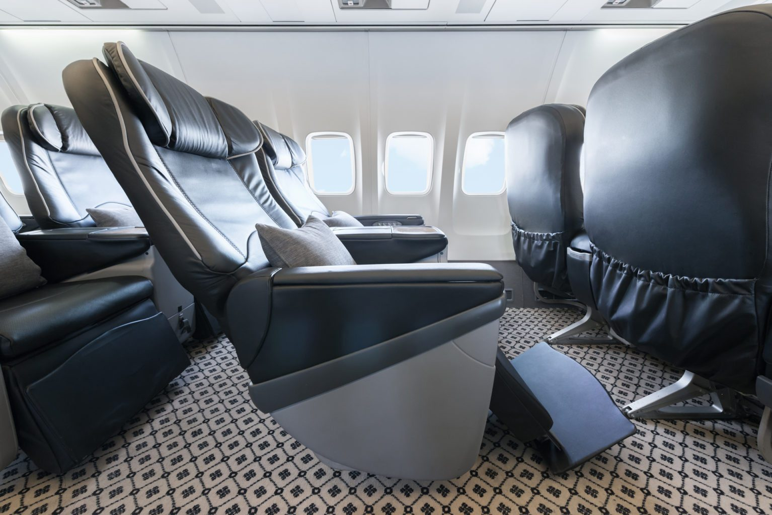 Aircraft seats pre-season travel